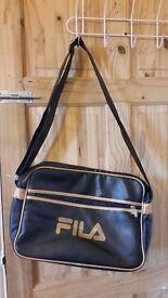 Fila Black/Gold Messenger bag, Laptop, Books, College, Uni, School. UNISEX Mens Boys Girls Womens