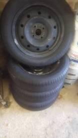 Suzuki Swift 2011 wheels and tyres