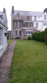 Holiday Home overlooking West Strand Portrush - 2mins walk to Train and Promenade