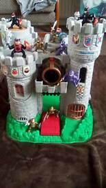 Kids action castle with figures