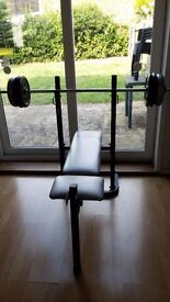 York 501 Exercise / Fitness Bench with Barbells x2 and weight set