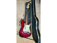 Fender Strat Plus (1995/96) in Crimson Burst with Case in excellent condition - original