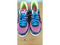 Nike trainers size 5 in ex con worn for a hour to small