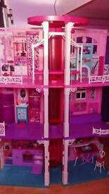 Barbie dreamhouse pick up only