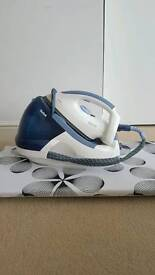 Tefal steam iron + ironing board