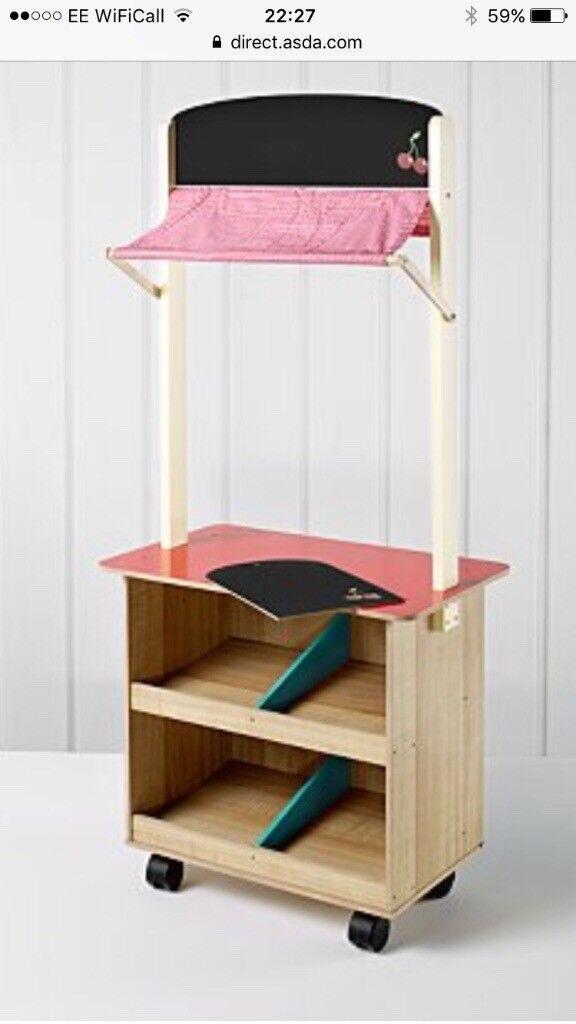 Wooden Toy Shop - excellent condition