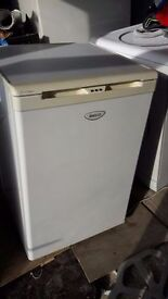 **BEKO**UNDERCOUNTER FREEZER**ONLY £30**MORE AVAILABLE**BARGAIN**COLLECTION\DELIVERY**NO OFFERS**