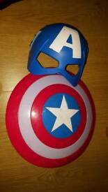 Captain america mask & shield with lights & sound frm disney store