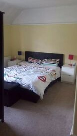 DOUBLE ROOM WITH KING SIZE BED AVAILABLE NOW!