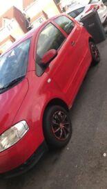 VOLKSWAGEN FOX - GREAT FIRST CAR