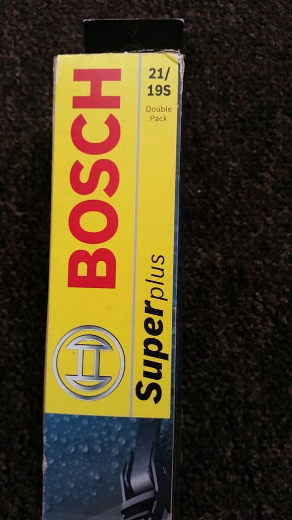 Bosch 21/19S wiper blade setin Eye, CambridgeshireGumtree - For sale new Bosch 21/19S wiper blade set with universal hook type. Was bought for my skoda fabia but never used as car got sold before I had to use these wipers.Thanks for viewing