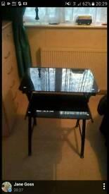 Black highgloss computer table