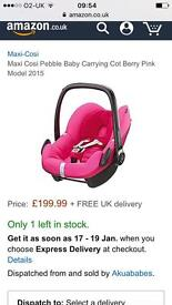 Maxi cosi pebble car seat. Berry pink . Exc con £35