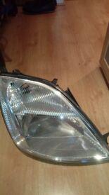 Ford Fiesta – Driver side Headlamp (Broken Bracket)