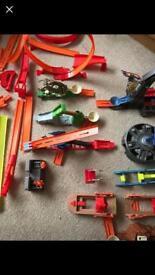 Bundle of Hot Wheels track & Stunts