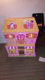 Large wooden lalaloopsy dolls house