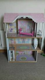 Kidkraft Dolls House Barbie size