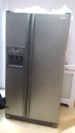Samsung Fridge Freeezer, 90 x 70 x 175 very reliable, purchaser to collect.