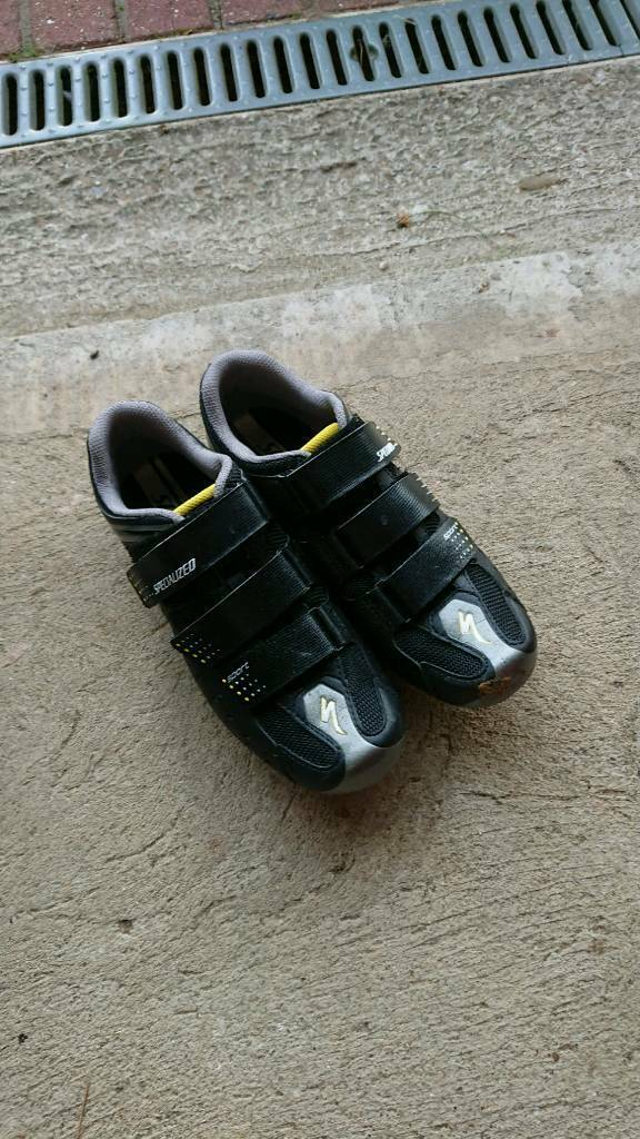 Specialized Road Bike shoes with cleats size 8in Lowestoft, SuffolkGumtree - These are my road bike shoes for sale. Road bike has been sold so no need for these. The shoes are in very good condition. The cleats are fairly worn but workable and could be easily replaced