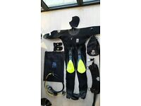 Diving Equipment, Excellent Condition (only used for 11 dives)