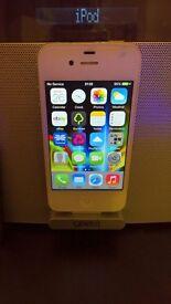 Apple iPhone 4 with Gear 4 Airzone HiFi Speaker Charging Dock + Extras