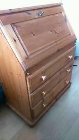 Pine bureaux