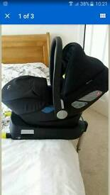 Silver Cross simplicity car seat with iso fix base!