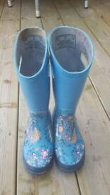 Girl's Bogs Wellie Boots size 11.5 UK or 29 Euro