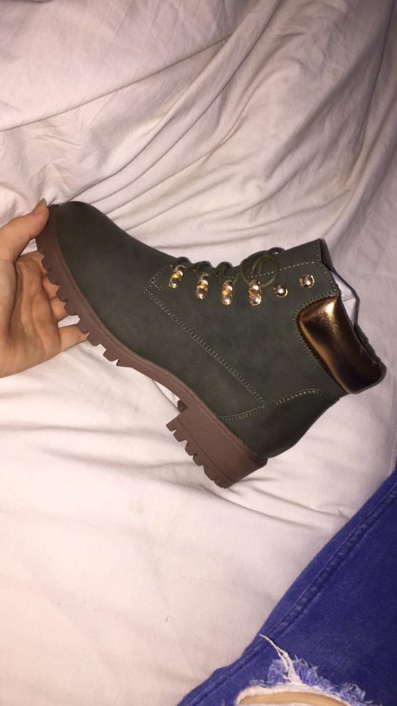 Women's green boots..
