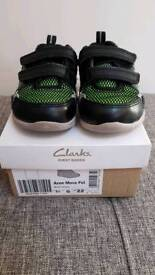 Clarks trainers size 5 1/2 G