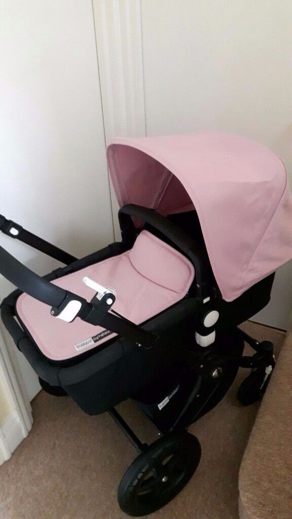 BUGABOO CAMELEON 3 WITH BLACK FRAME