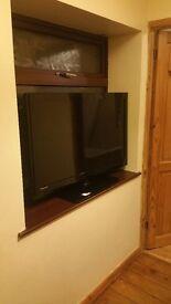 UMC 40 inch HD LCD TV