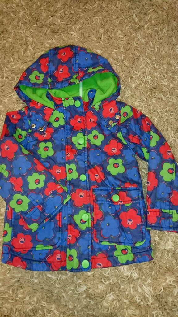 16f8e5f49697 Girls jacket 3-4 years