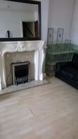 2 BEDROOM TERRACE HOUSE TO LET, COMPTON CRESCENT HAREHILLS LS9 £122PW DSS CONSIDERED