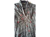 Dorothy Perkins shirt short sleeves floral embroidery grey satin-look, size 12