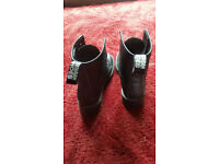 Vegetarian Shoes - Ladies Boots Size 5