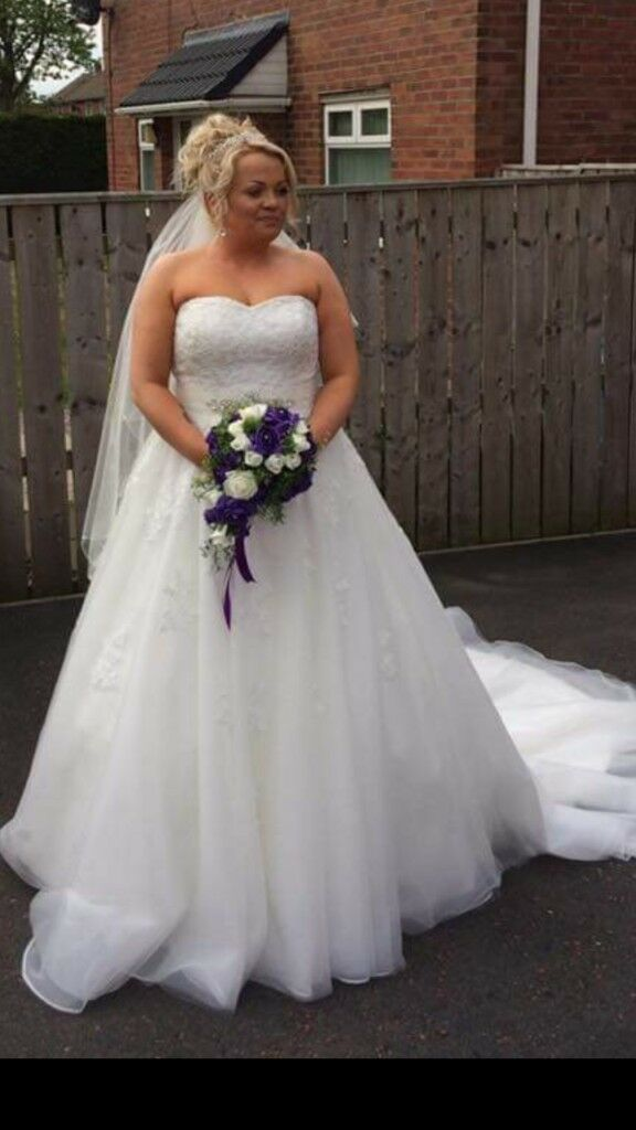 ana serrano 1201 wedding dress size 14-16 | in Gateshead, Tyne and ...
