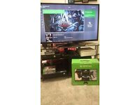 Xbox One with 2 controller +Fifa 17 Excellent condition