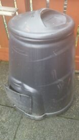 Upright Garden composter used condition