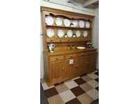 Large solid pine kitchen country farmhouse kitchen dresser