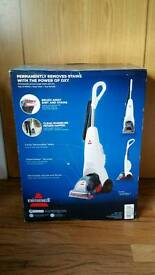 New boxed bissel carpet shampoo clever machine