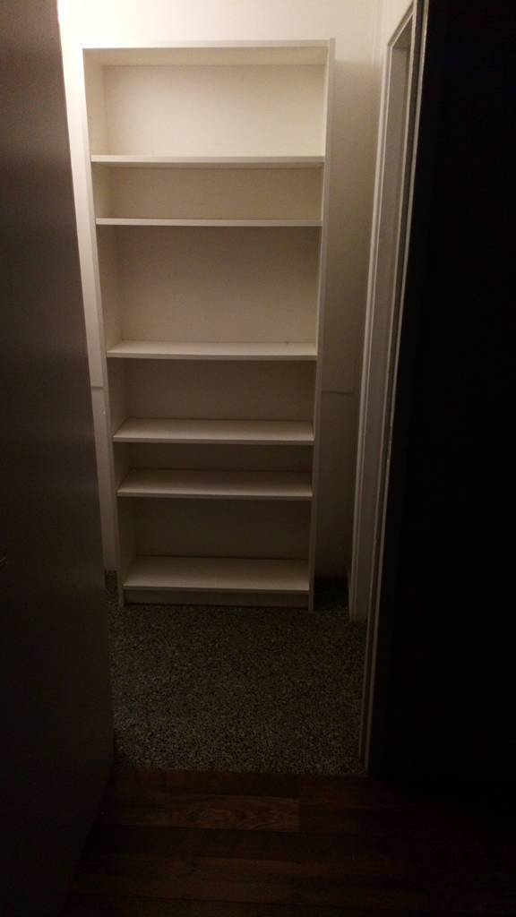 White shelving unit/book case MUST GO BEFORE FRIDAY
