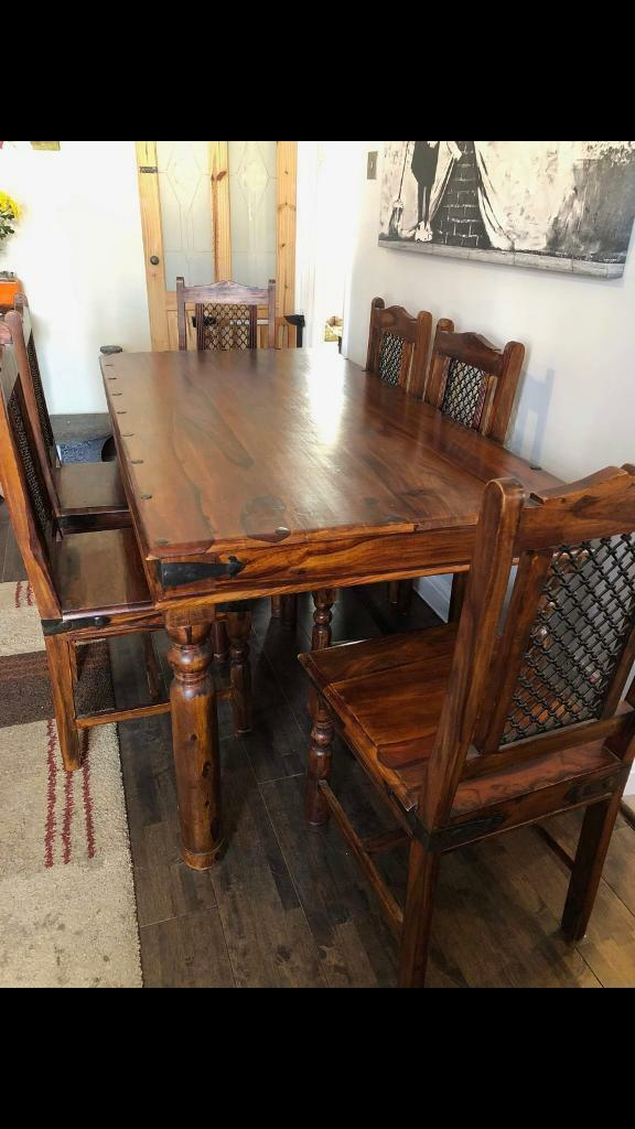 Jali Dining Room Table And 6 Chairs