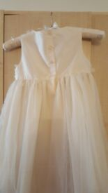 Childrens bridesmaid dress. Size 4-5