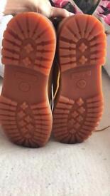 Unisex Timberland boots