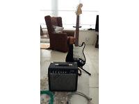 Squier Strat & Fender 15g Frontman amp