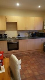 LOVELY 2 BEDROOM HOUSE NORTH SHORE