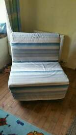 Folding chair / single bed