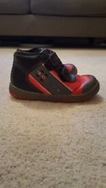 Clarks boys shoes - toddler size 7.5