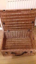 Large Hamper basket with lid 60 x 40 x 24